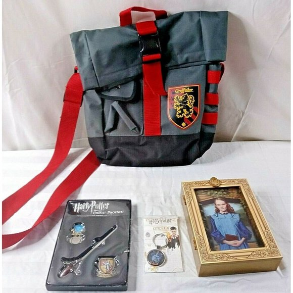Harry Potter Collectibles Lot Of 4 Gryffindor Back